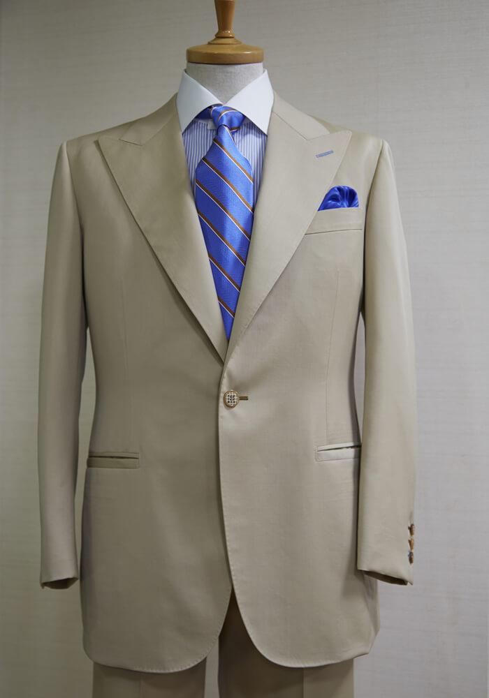 NEW MODEL/ITALIAN TREND STYLE 春夏向き「ライト−フィット」スーツ